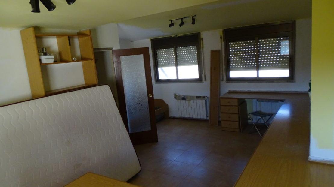 Casa-adossada-en-venda-a-Hostalets-de-Pierola
