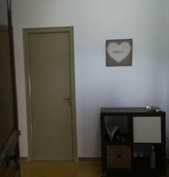 Piso-Alquiler-La Llacuna-La porta